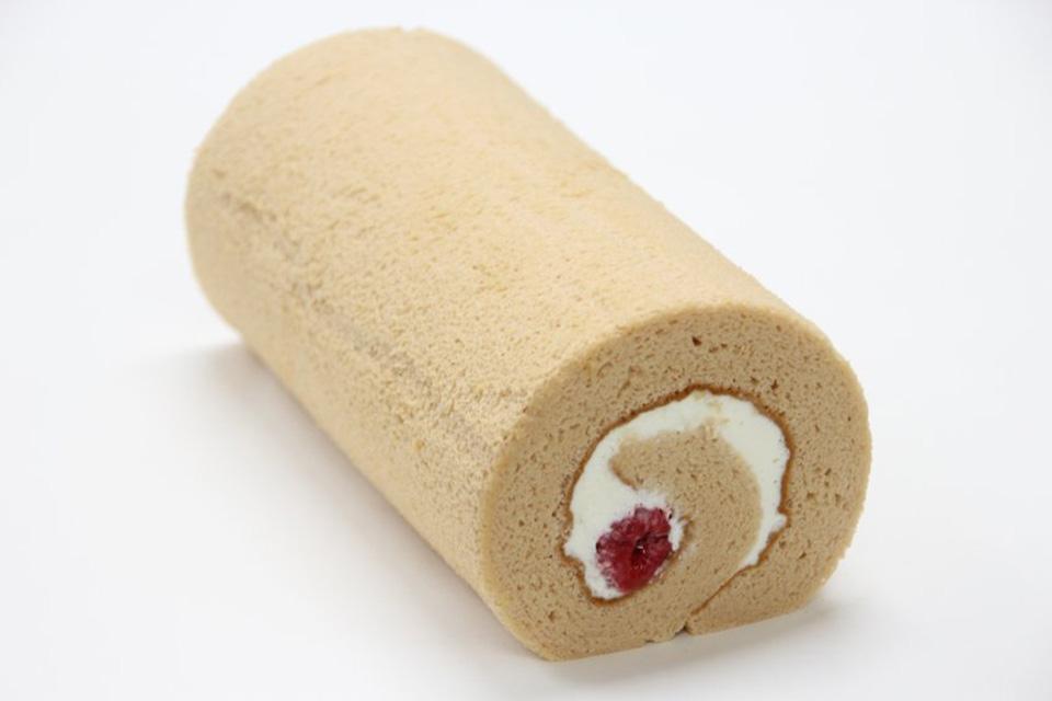 【4月】木苺とホワイトショコラクリームのロール